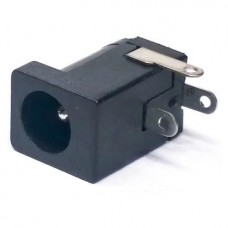 Гнездо монтажное на плату 5.5/2.1 мм DC005